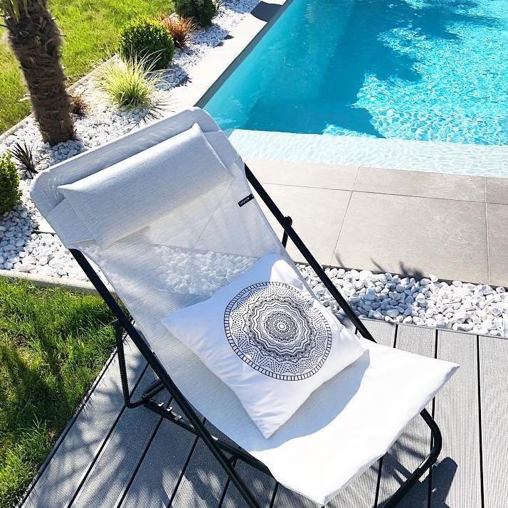 chaise longue maxi transat plus batyline ecume lafuma. Black Bedroom Furniture Sets. Home Design Ideas