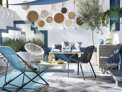 Decorating a patio in tones of blue - Pic Leroy Merlin