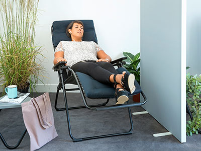 Relaxation area at work with Evolution Be Comfort