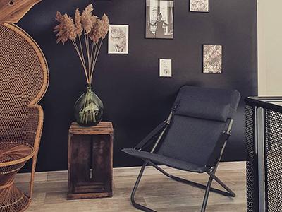 Repost @Pic.by.coco salon avec une ambiance cosy et bohème